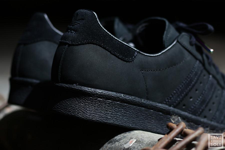 adidas superstar noir bout metal