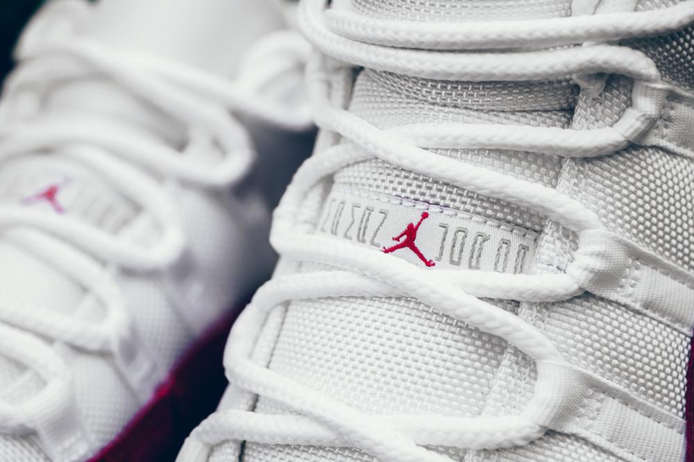 acheter chaussure Air Jordan 11 Low Retro 'Varsity Red' (3)