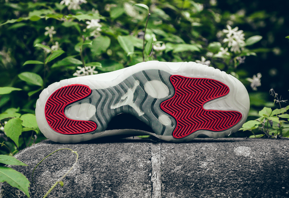 acheter chaussure Air Jordan 11 Low Retro 'Varsity Red' (5)