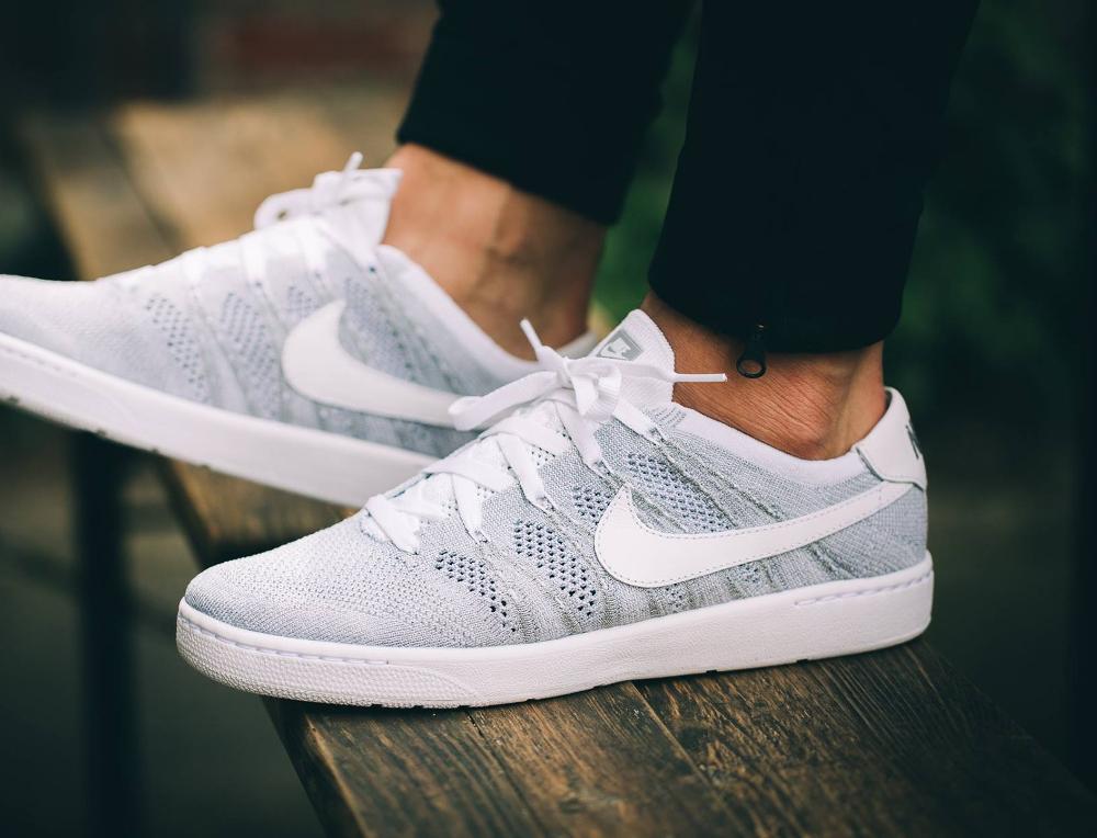 acheter chaussure Nikecourt Tennis Classic Ultra Flyknit Wolf Grey (1)