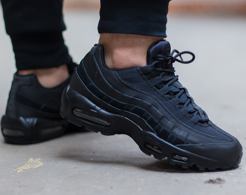 263cddd5fc3 ... basket Nike Air Max 95 Essential noire Blackout
