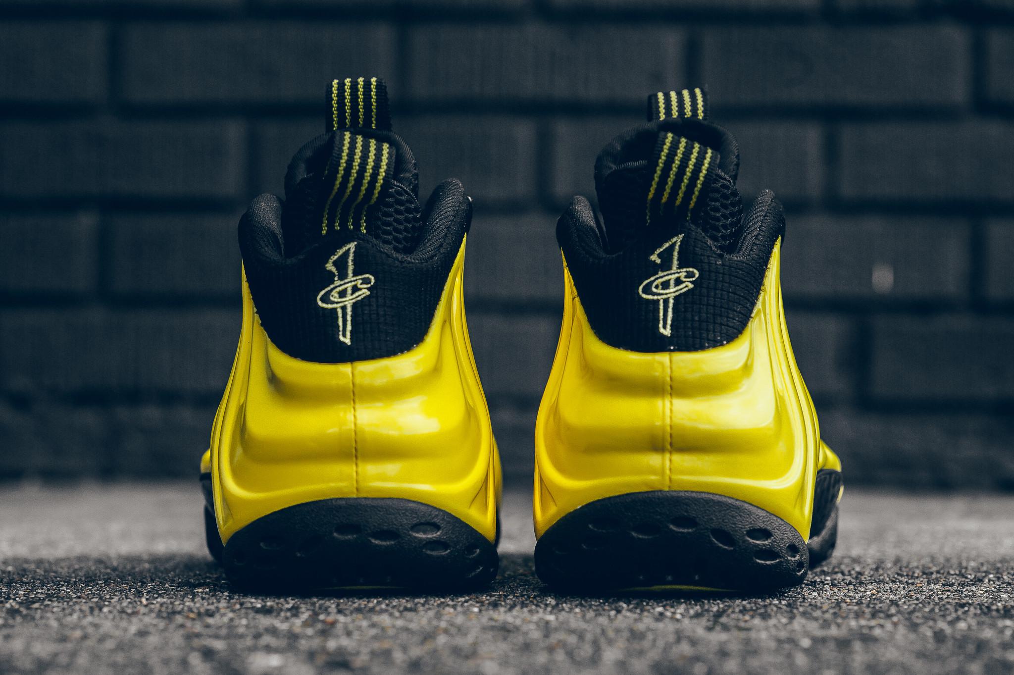 chaussure Nike Air Foamposite 'Wu Tang' (4)