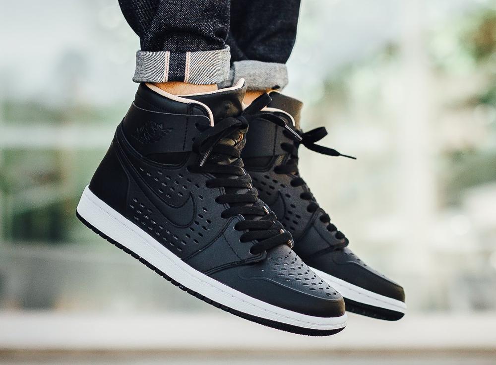 Air Jordan 1 High Retro Perf 'Vachetta Tan' Black