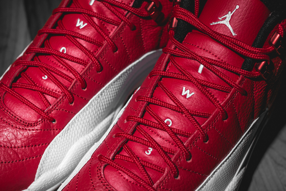 Basket Air Jordan Retro 12 'Gym Red' (4)