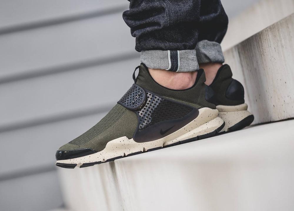 Chaussure Nike Sock Dart SE Cargo Khaki (vert olive) (1)