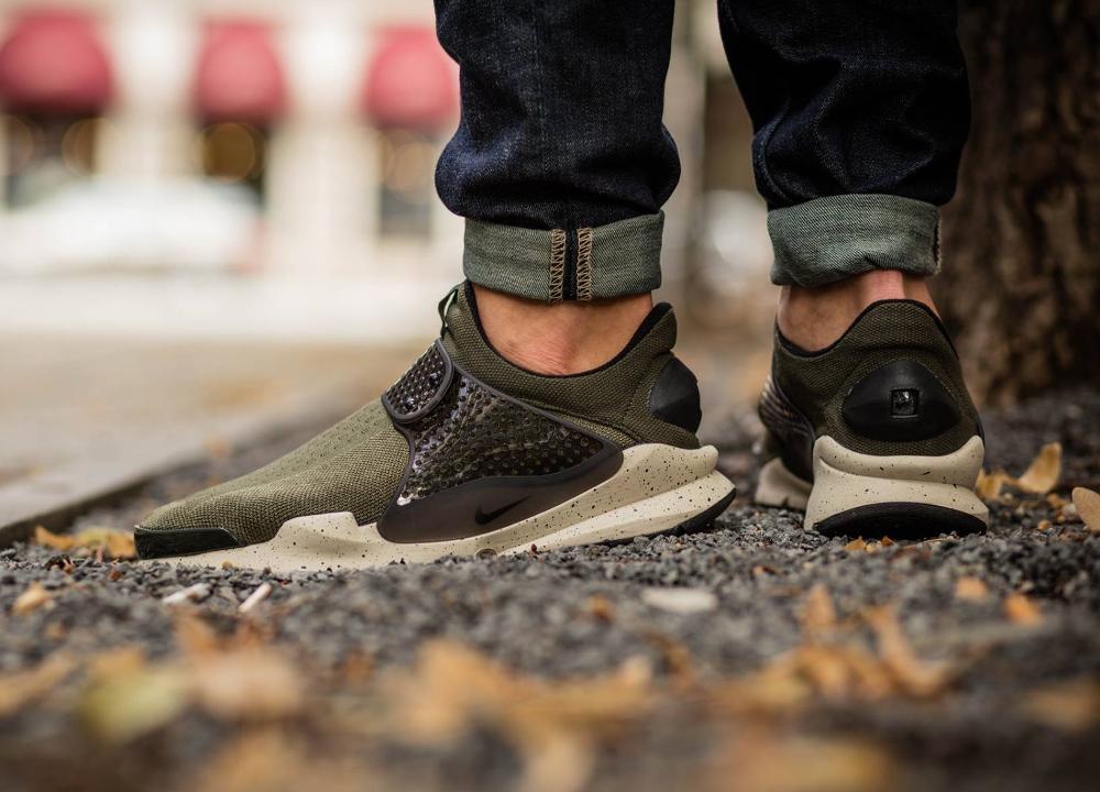 Chaussure Nike Sock Dart SE Cargo Khaki (vert olive)