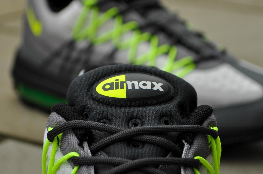 Nike Air Max 95 Ultra SE OG Neon (2)