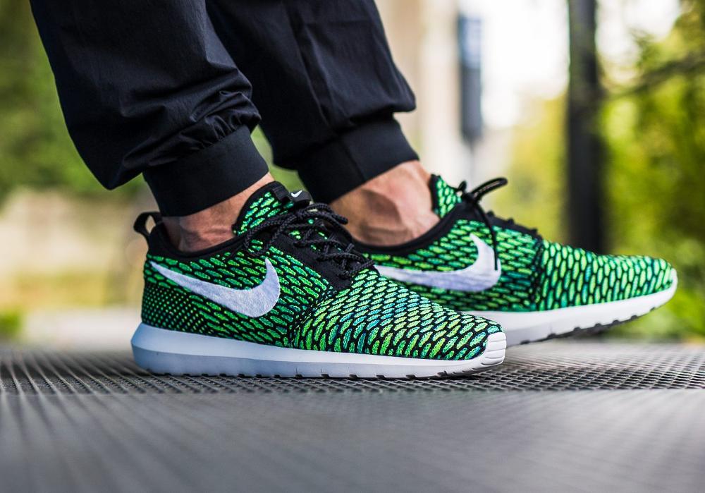 Nike Roshe Flyknit NM Multicolor Voltage Green (1)