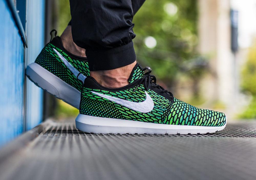 Nike Roshe Flyknit NM Multicolor Voltage Green (2)
