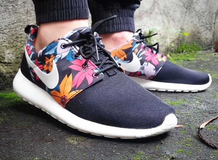Nike Roshe Run Aloha - @rockthatroshe