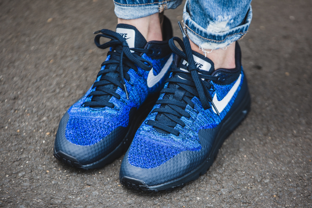 Nike Wmns Air Max 1 Ultra Flyknit (Dark Obsidian White Racer Blue) (3)
