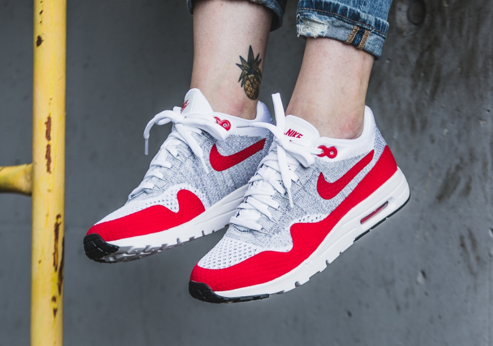 Nike Wmns Air Max 1 Ultra Flyknit OG White University (femme) (1)