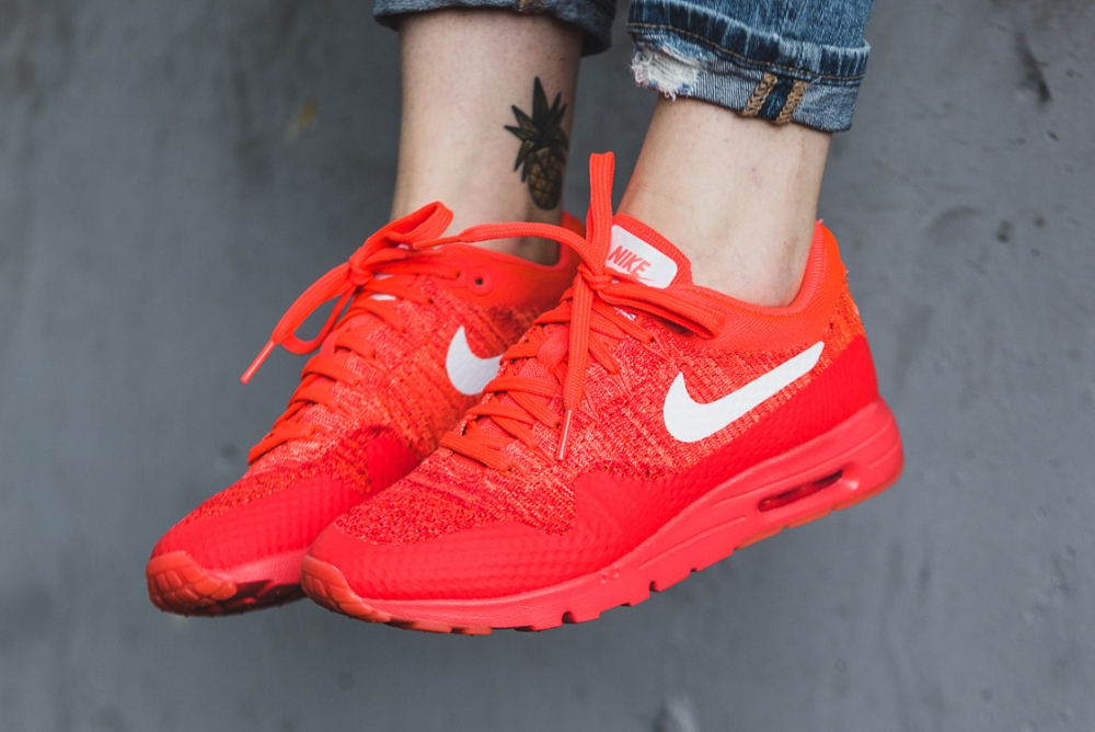 Nike Wmns Air Max 1 Ultra Flyknit rouge (Bright Crimson White University Red) (femme) (1)