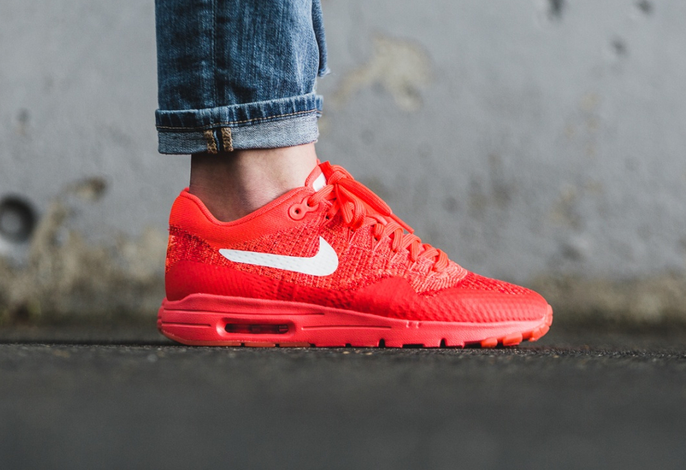 Nike Wmns Air Max 1 Ultra Flyknit rouge (Bright Crimson White University Red) (femme) (2)