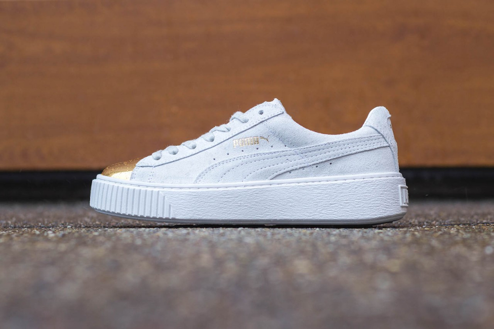 nouveau produit a76d9 a0c73 Puma Suede Platform Creepers Gold Metal Toe (White & Black)