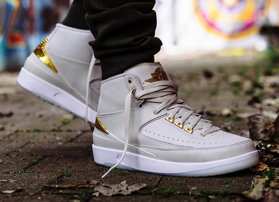 acheter chaussure Air Jordan 2 Retro 'Quai 54' Light Bone Metallic Gold (4)