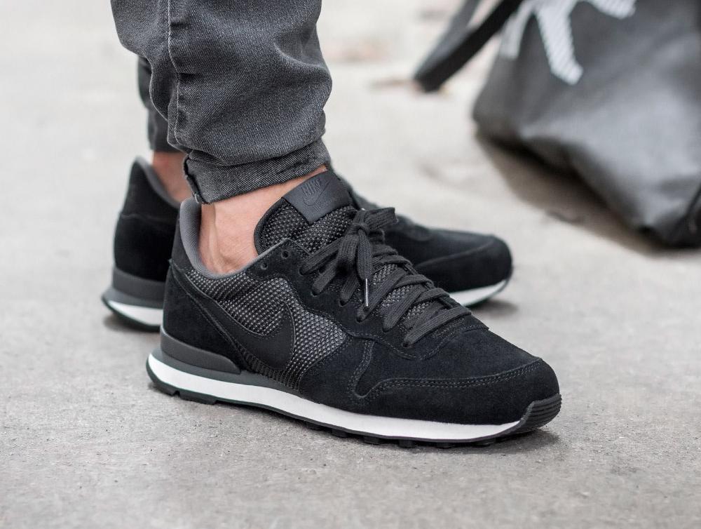 acheter chaussure Nike Internationalist PRM 'Black Phantom' (noire) (1)