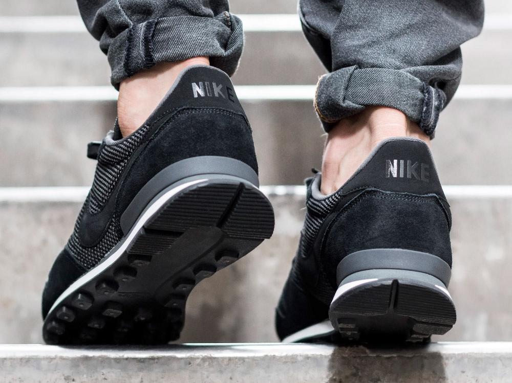 acheter chaussure Nike Internationalist PRM 'Black Phantom' (noire) (4)