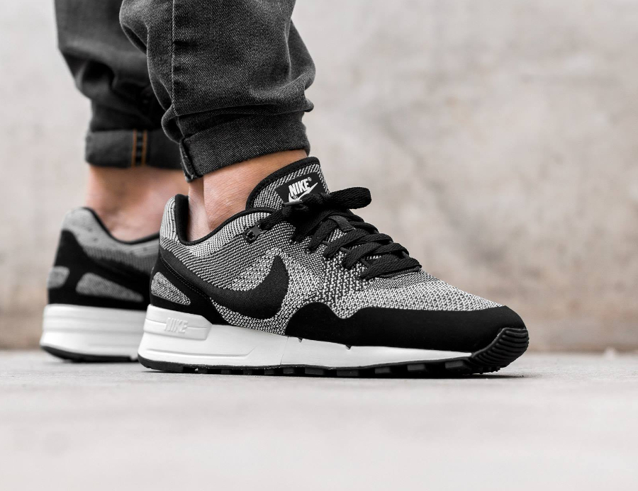 basket-nike-air-pegasus-89-jacquard-black-white-1