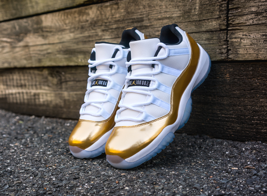 Air Jordan 11 Retro Low 'White/Metallic Gold'