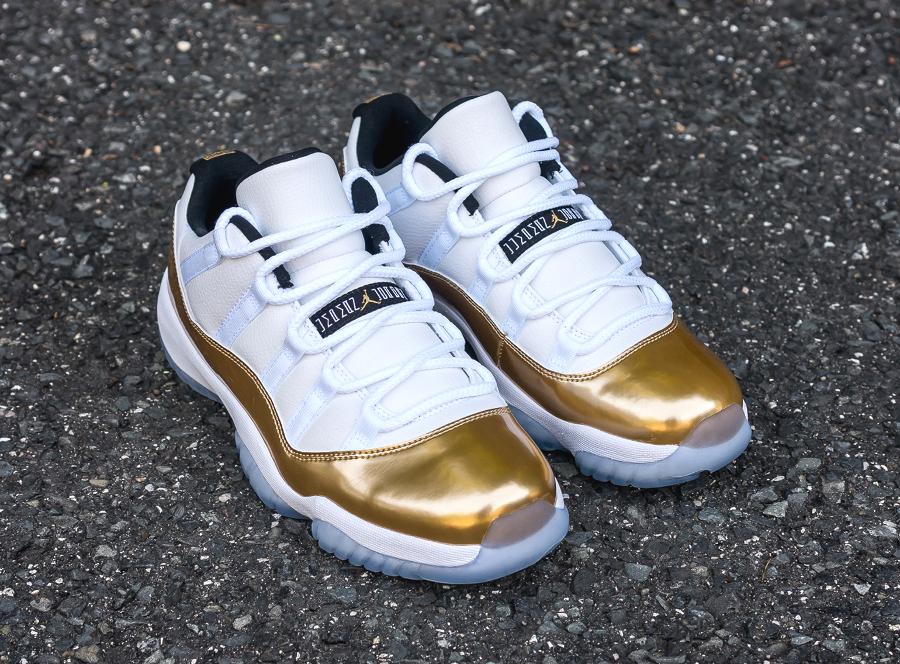 Chaussure Air Jordan 11 Retro Low White Metallic Gold (6)