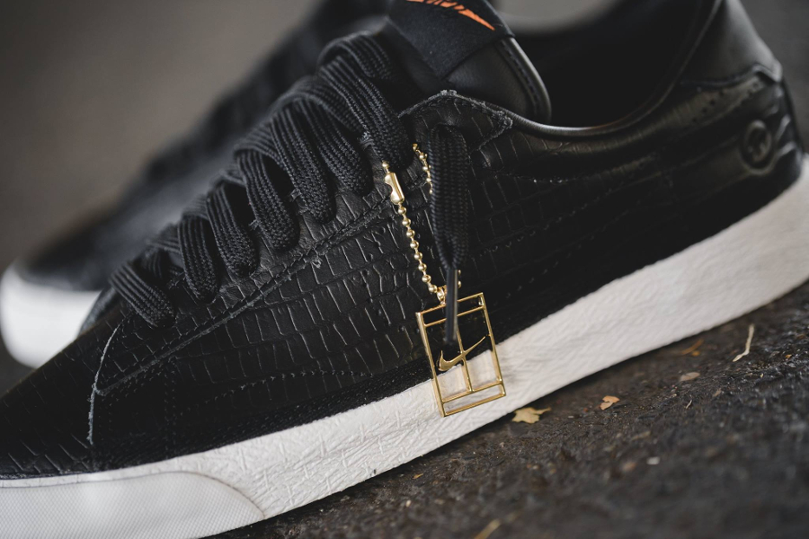 Chaussure Fragment x Nike Zoom Tennis Classic Black Reptile (3)