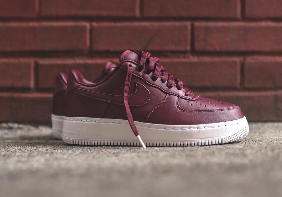 Chaussure Nike Air Force 1 Low Premium Night Maroon (2)