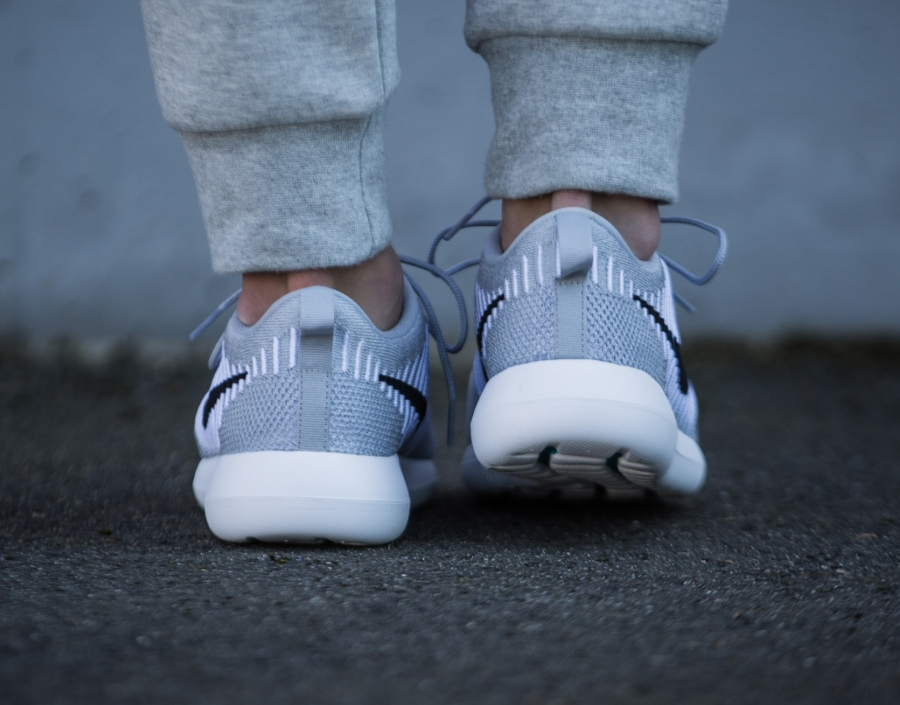 Chaussure Nike Roshe 2 Flyknit Wolf Grey (2)
