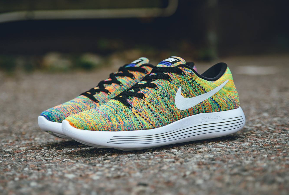 Nike Lunarepic Low Flyknit Multicolore Racer Blue Bright Crimson (1)