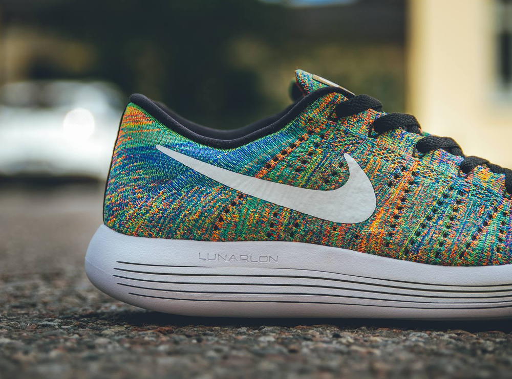 Nike Lunarepic Low Flyknit Multicolore Racer Blue Bright Crimson (3)