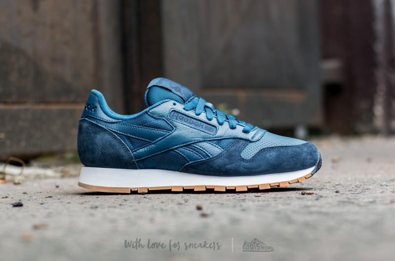 Reebok Classic Leather (Noble Blue Collegiate Navy White-Gum) (2)