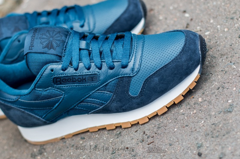 Reebok Classic Leather (Noble Blue Collegiate Navy White-Gum) (3)