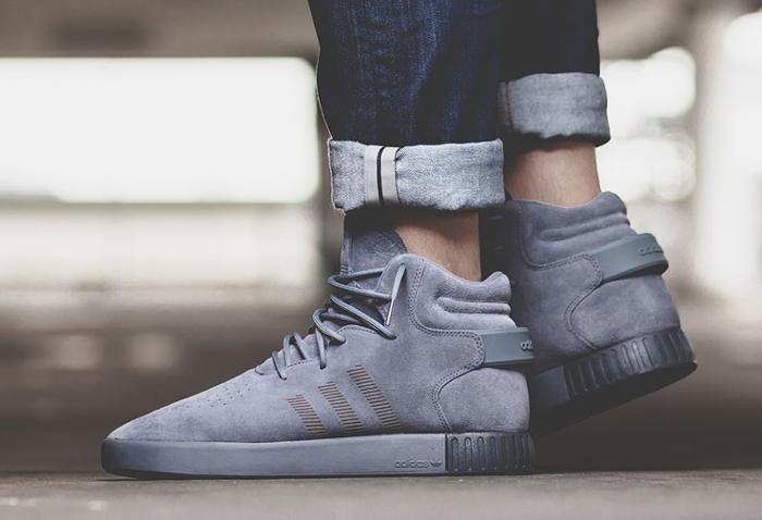 acheter basket Adidas Tubular Invader Suede Onix Grey (gris foncé)