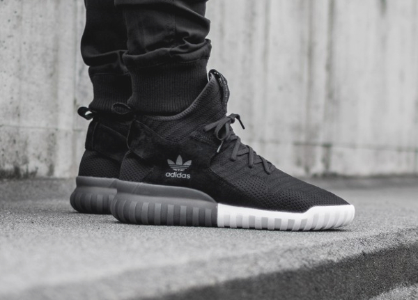 Adidas Tubular X Primeknit 'Core Black & Footwear White'