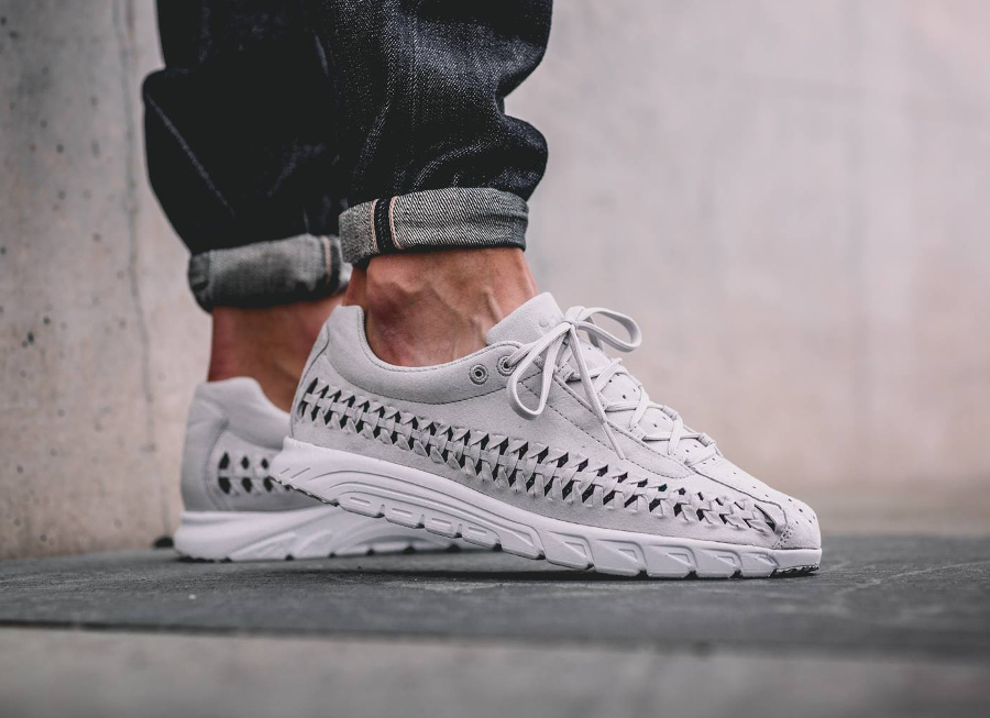 nike woven grise