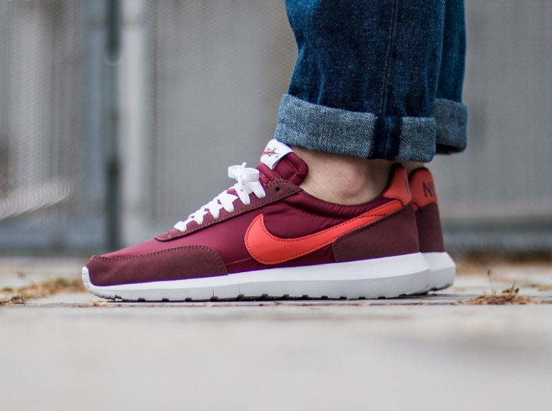 acheter basket Nike Roshe Daybreak NM Red Earth