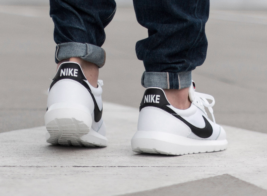 acheter basket Nike Roshe Daybreak NM White Black (1)