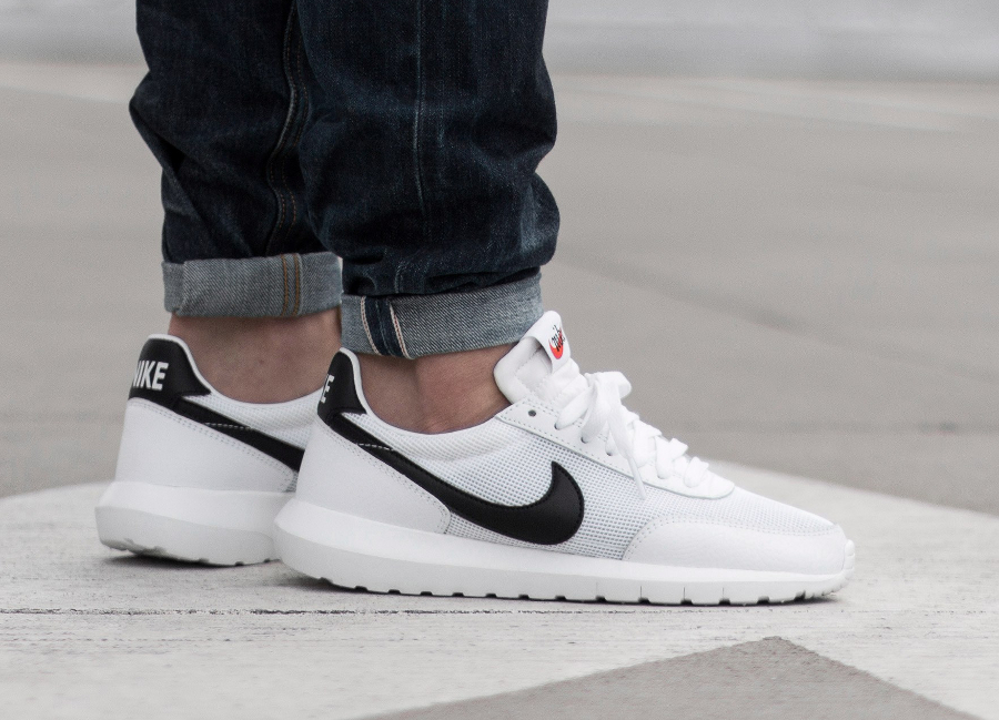 acheter basket Nike Roshe Daybreak NM White Black