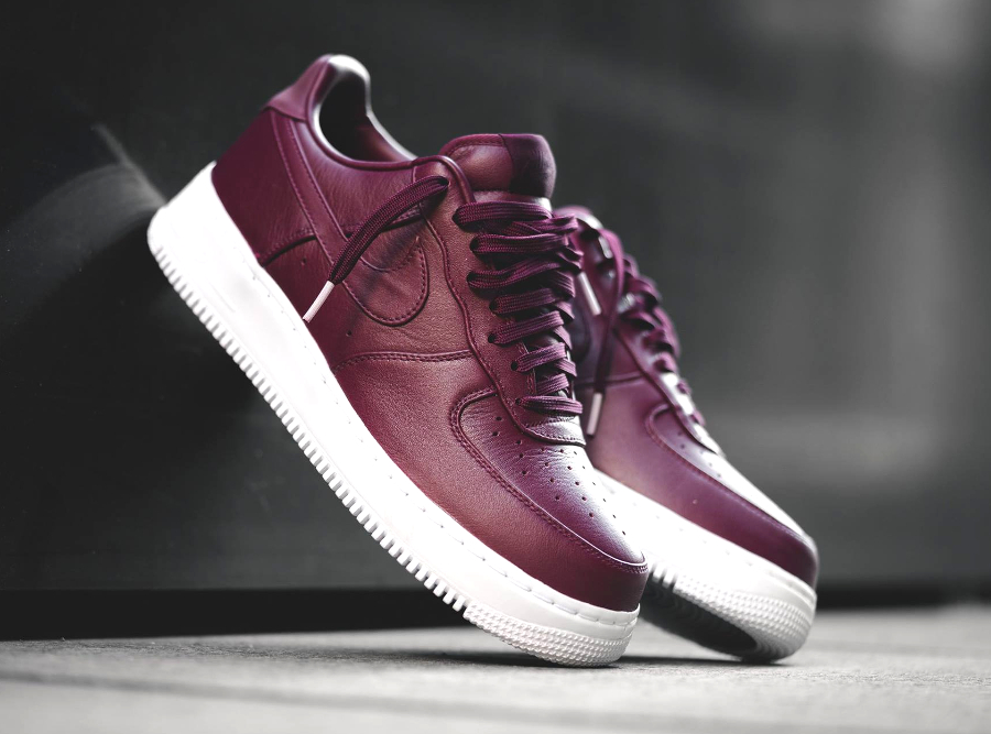 acheter basket NikeLab Air Force 1 Low PRM Leather Bordeaux (1)