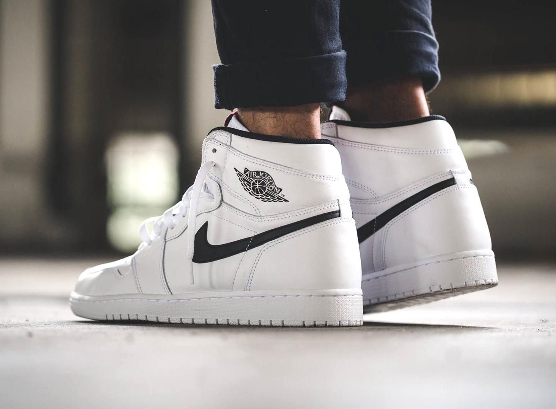 acheter chaussure Air Jordan 1 Retro High OG Yin White (blanche) (2)