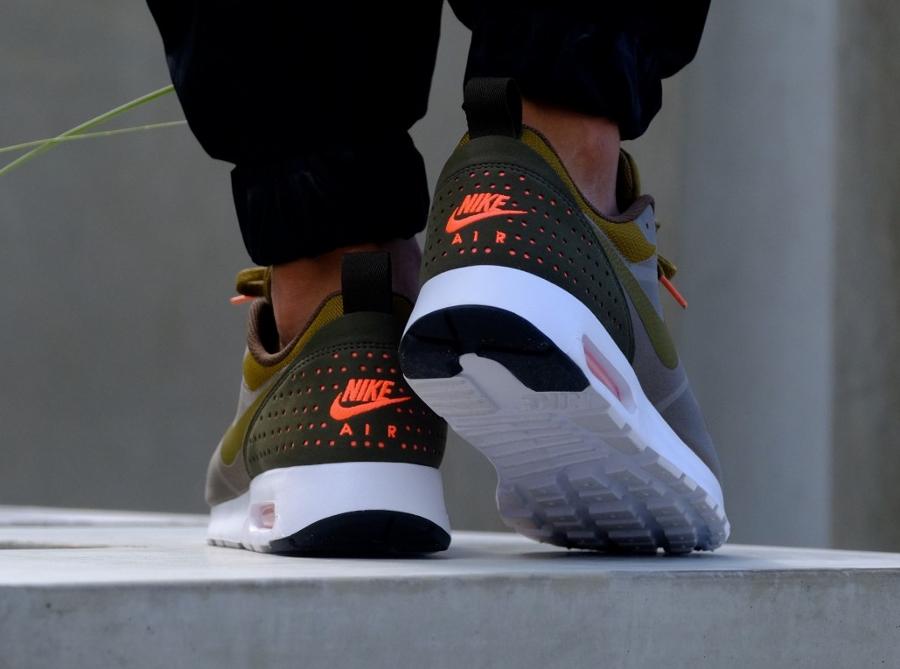 acheter chaussure Nike Air Max Tavas Olive Flak (3)