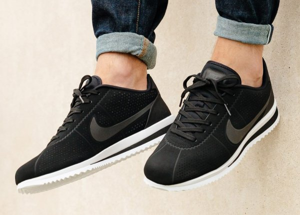 finest selection bad51 fa6b1 Où trouver la Nike Cortez Ultra Moire  Black White