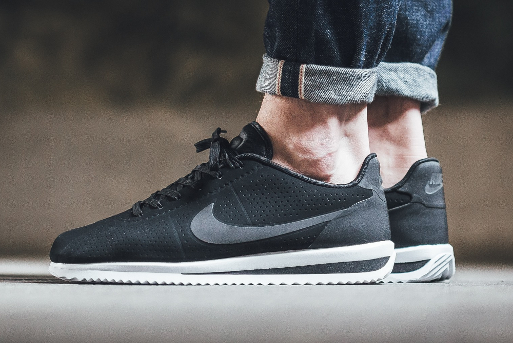Baskets Nike Ultra achat Chaussures Vente Cortez Moire RcSq8gwr6S