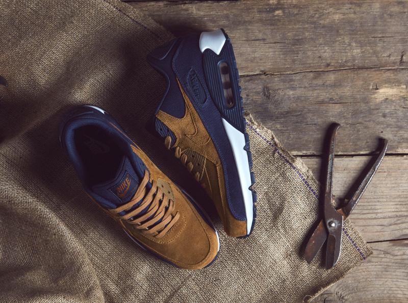 chaussure Nike Air Max 90 PRM (Ale Brown - Midnight Navy Sail) (1)