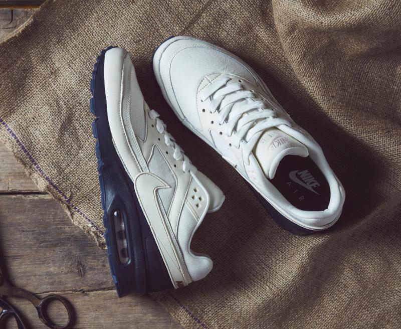 chaussure Nike Air Max BW Premium Sail Midnight Navy Ale Brown (1)