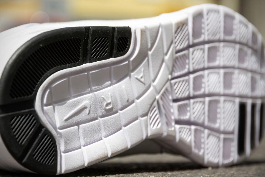 chaussure Nike SB Janoski Max White Volt (4)