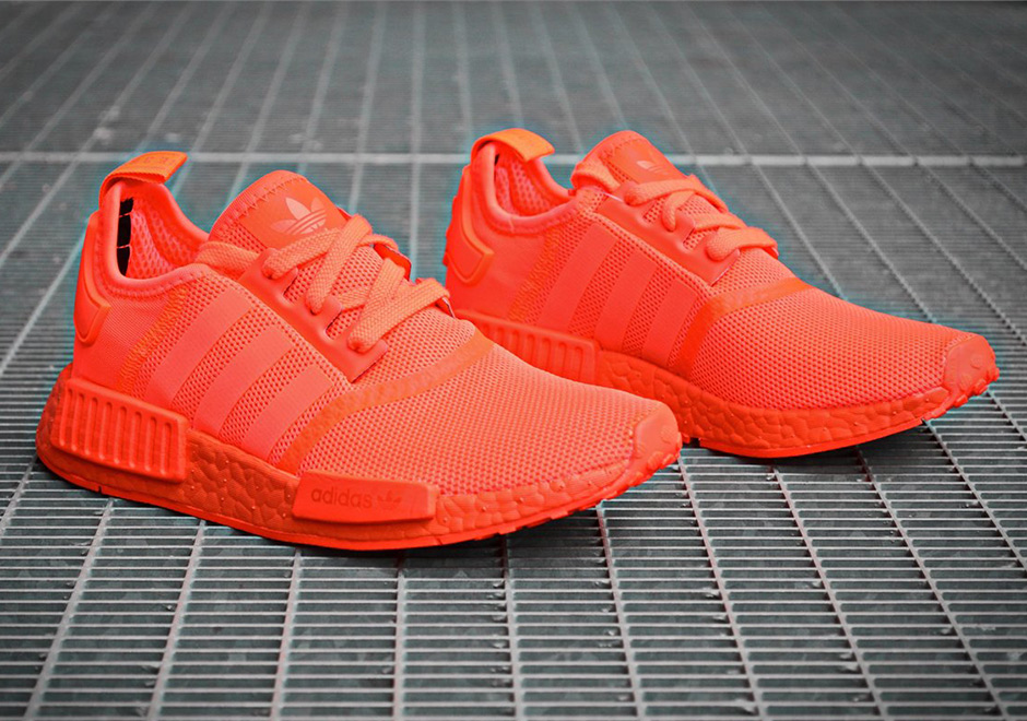 Adidas NMD R1 'Triple Red' (Monochrome Pack)