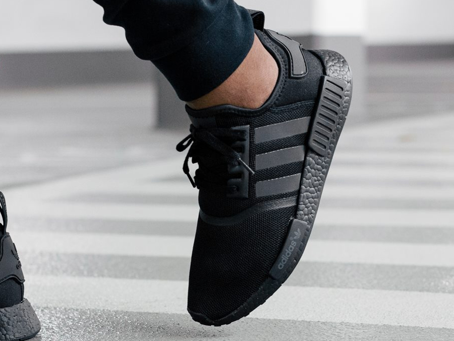 chaussure-adidas-nmd_r1-blackout-3
