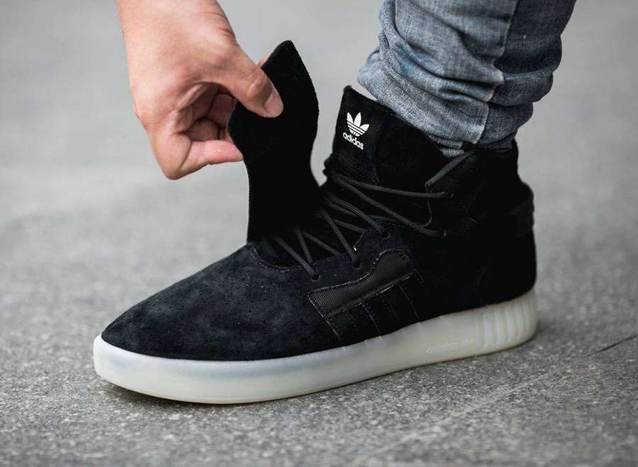 super popular 227b1 a0530 Chaussure Adidas Tubular Invader Strap Black (noire) (3)