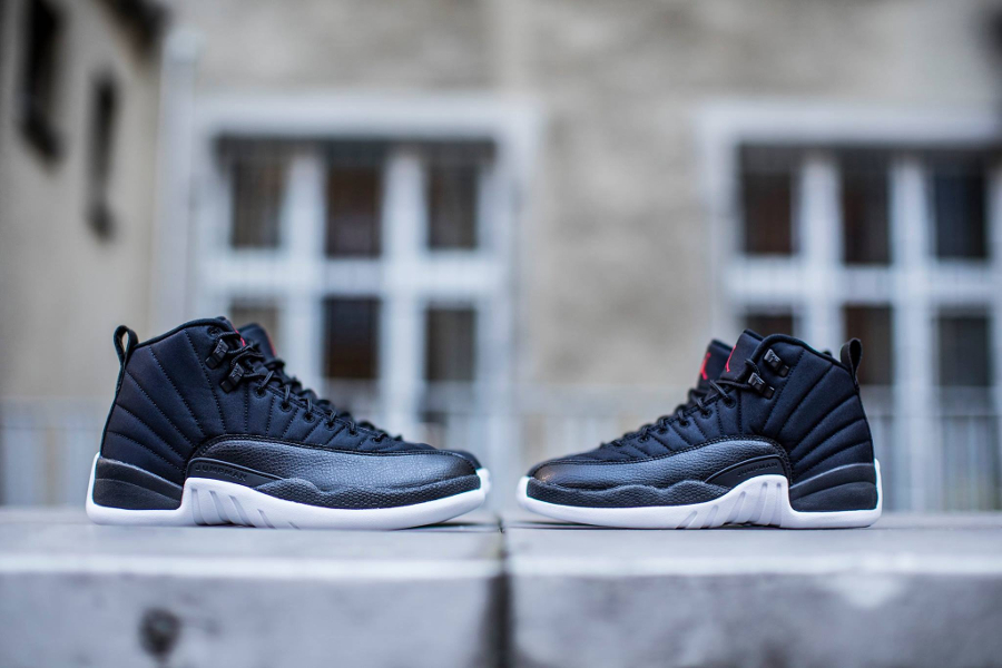 chaussure-air-jordan-12-retro-black-3